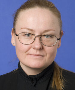 Stefanía P Bjarnarson